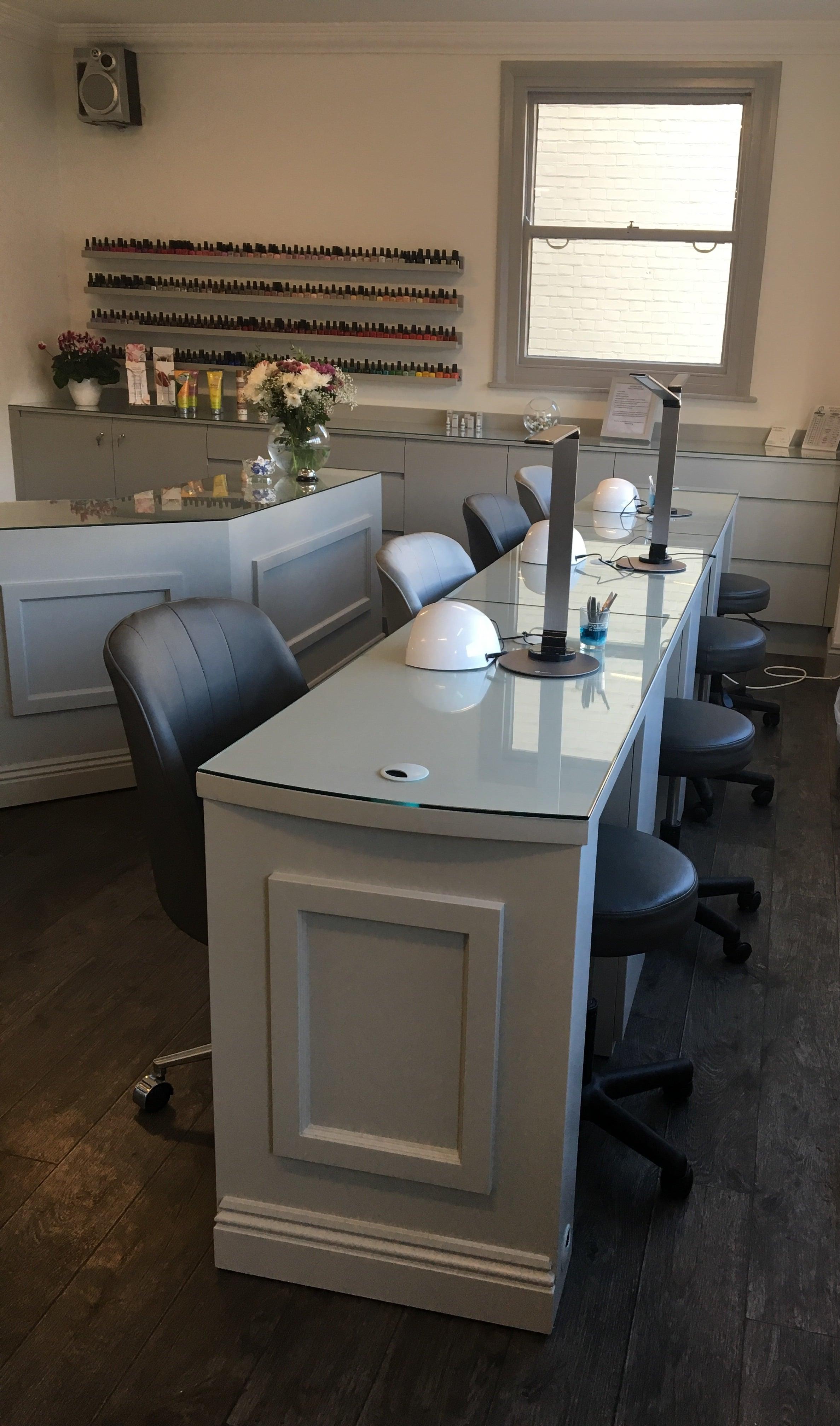 Triple Manicure Desk - Bespoke MDF